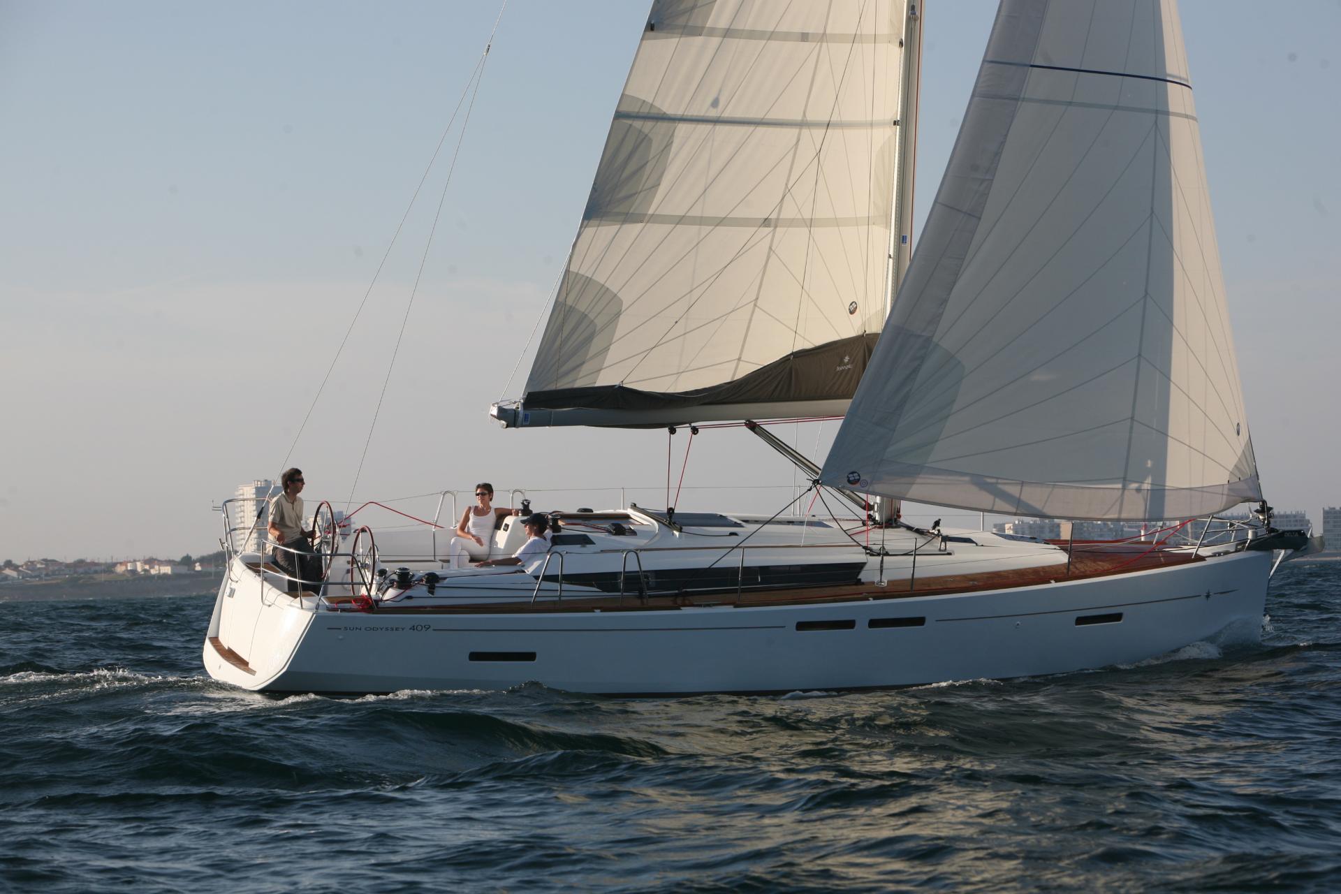 Sun Odyssey 409 Boat review   Jeanneau