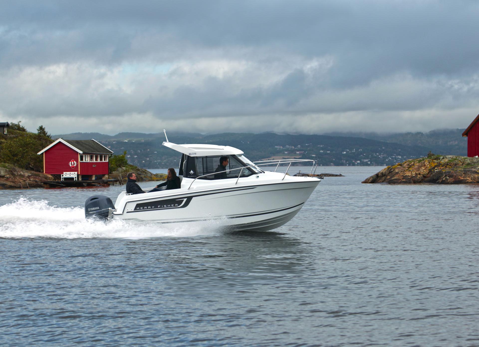 Merry Fisher 605   Jeanneau Boats