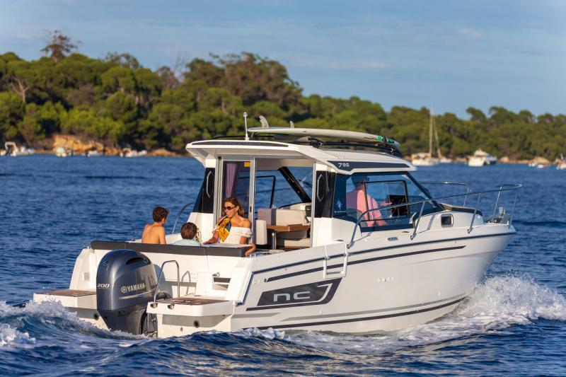 NC 795 Series 2 │ NC Weekender of 8m │ Boat powerboat Jeanneau  21939