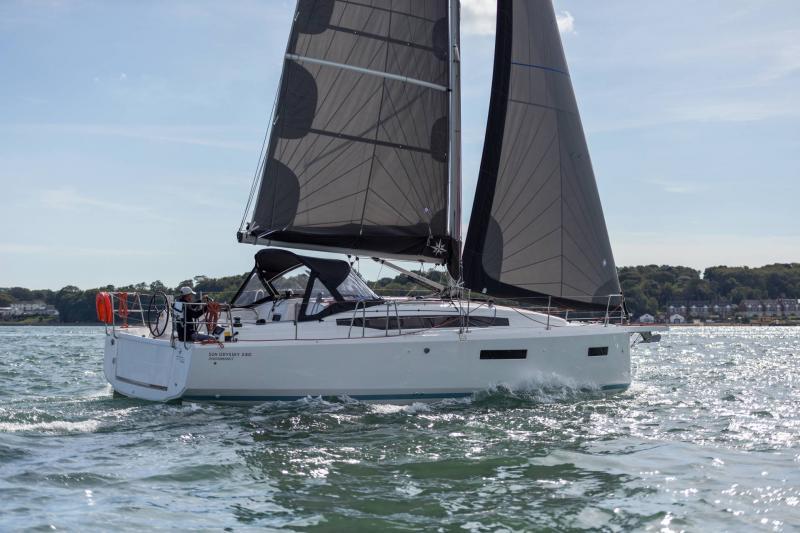 Sun Odyssey 380 │ Sun Odyssey of 11m │ Boat Segelboote Jeanneau  23458