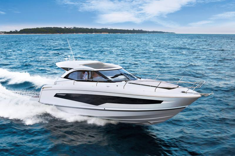 Leader 36 │ Leader of 12m │ Boat powerboat Jeanneau  22086