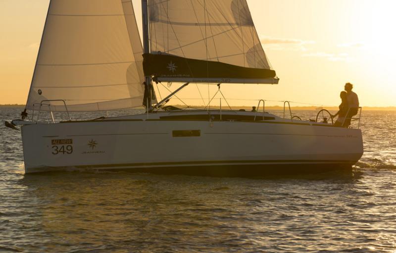 Sun Odyssey 349 Vues d'extérieur 14