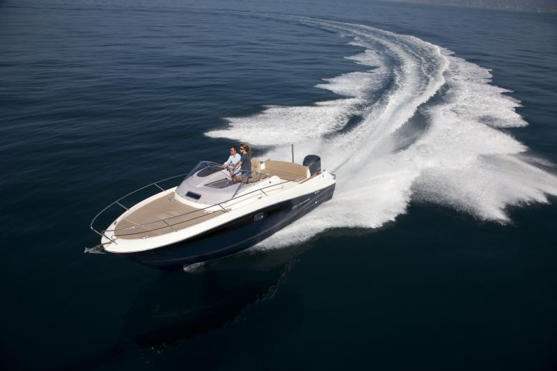 Cap Camarat 8.5 WA │ Cap Camarat Walk Around of 8m │ Boat powerboat Jeanneau boat Cap_Camarat_WA-8.5WA 263