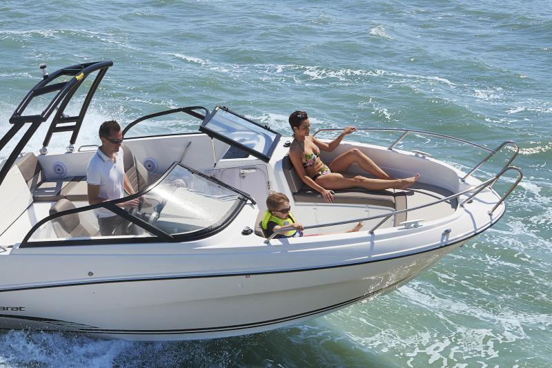 CAP CAMARAT 6.5 BR │ Cap Camarat Bow Rider of 6m │ Boat powerboat Jeanneau CAP CAMARAT 6.5 BR 3041