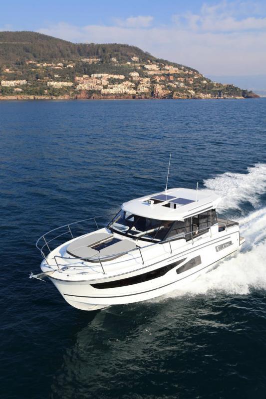 NC 1095 │ NC Weekender of 11m │ Boat powerboat Jeanneau  18874