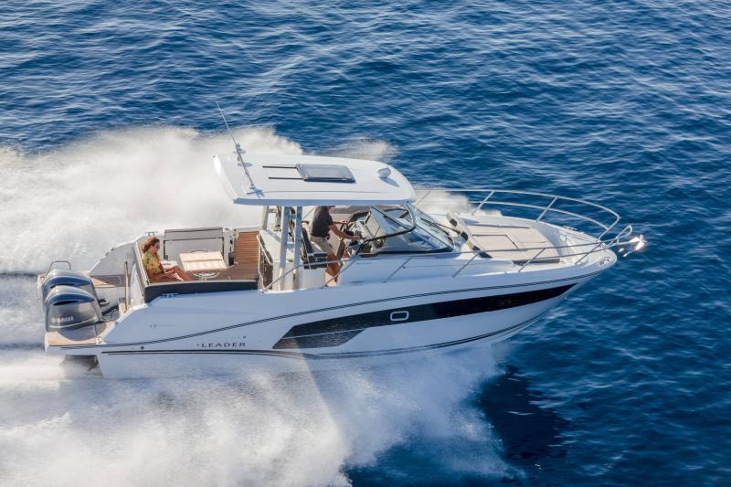 Leader 10.5 Series 2 │ Leader WA of 11m │ Boat powerboat Jeanneau  22295