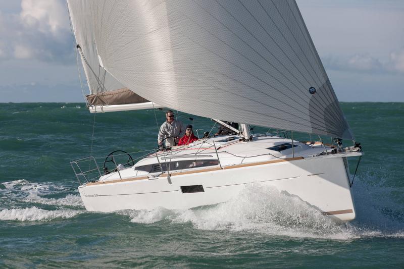 Sun Odyssey 349 │ Sun Odyssey of 10m │ Boat Sailboat Jeanneau  19159