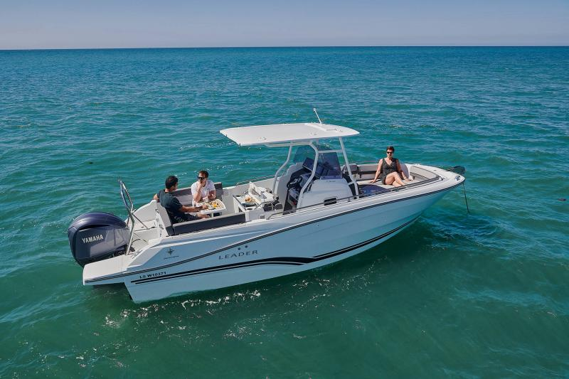 Leader 7.5 CC Series 3 │ Leader CC of 7m │ Boat powerboat Jeanneau  23217