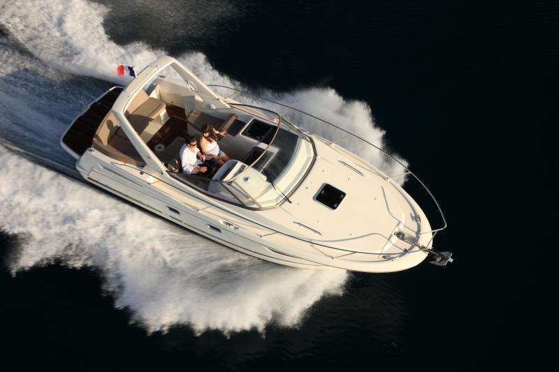 Leader 8 │ Leader of 9m │ Boat powerboat Jeanneau boat Leader-Leader8 62