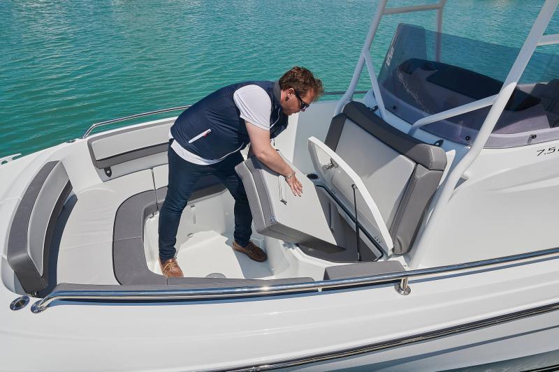 Leader 7.5 CC Series 3 │ Leader CC of 7m │ Boat powerboat Jeanneau  23091