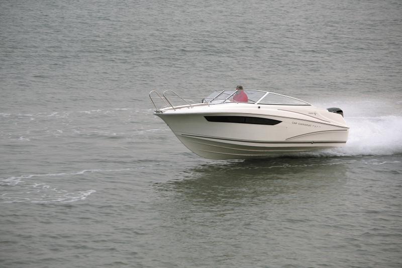 Cap Camarat 7.5 DC │ Cap Camarat Day Cruiser de 7m │ Bateaux Hors Bord Jeanneau  12966