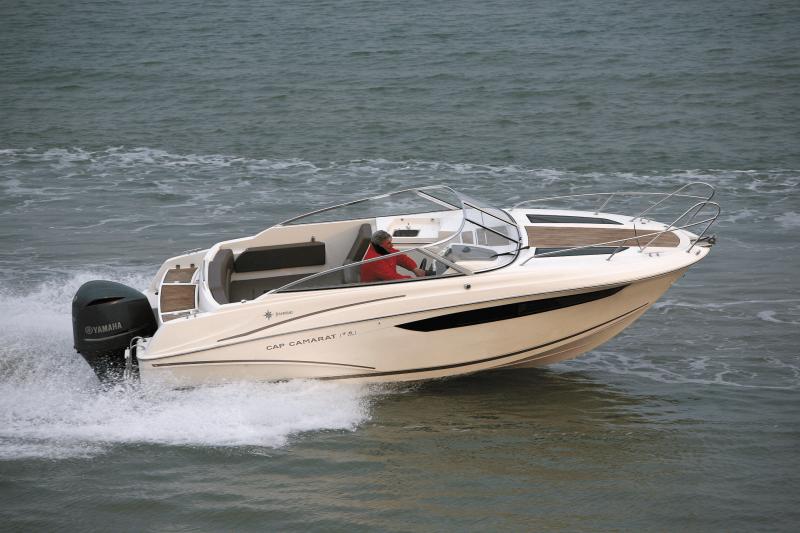 Cap Camarat 7.5 DC │ Cap Camarat Day Cruiser de 7m │ Bateaux Hors Bord Jeanneau  12965