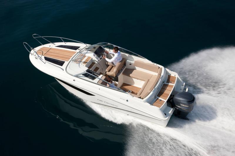Cap Camarat 7.5 DC │ Cap Camarat Day Cruiser de 7m │ Bateaux Hors Bord Jeanneau  12979