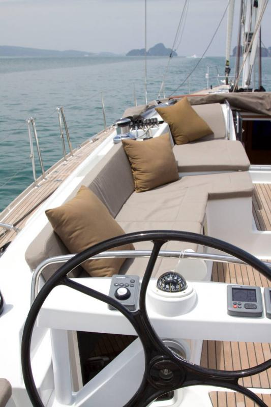 Jeanneau 58 Exterior Views 30