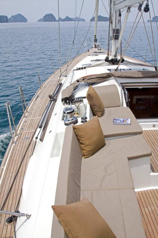 Jeanneau 58 Exterior Views 31