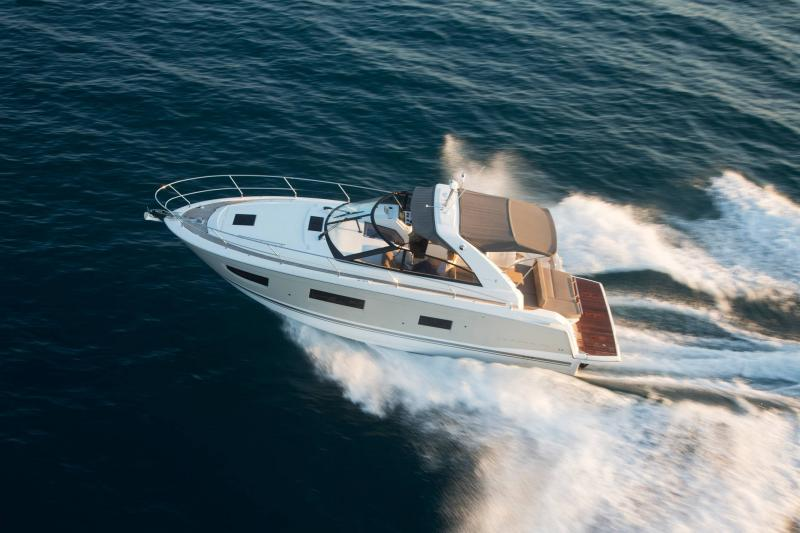 Leader 40 │ Leader of 12m │ Boat Intra-borda Jeanneau 1-Navigation 14356