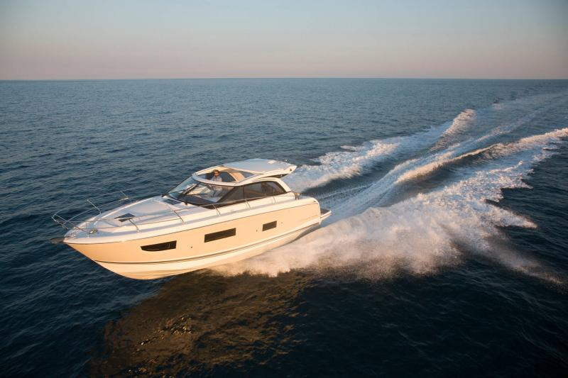 Leader 40 │ Leader of 12m │ Boat Intra-borda Jeanneau 1-Navigation 14374