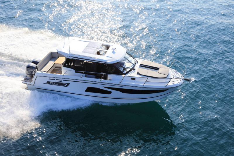 NC 1095 │ NC Weekender of 10m │ Boat powerboat Jeanneau  18885