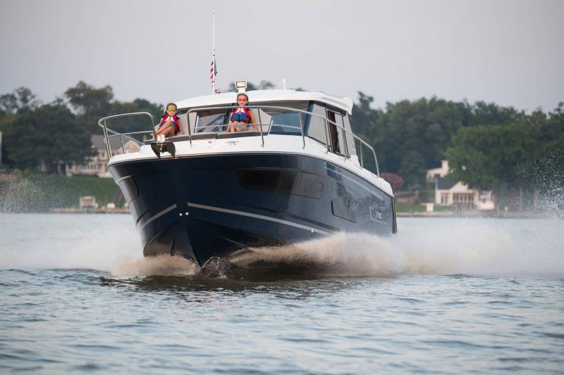 NC 1095 │ NC Weekender of 11m │ Boat powerboat Jeanneau  18861
