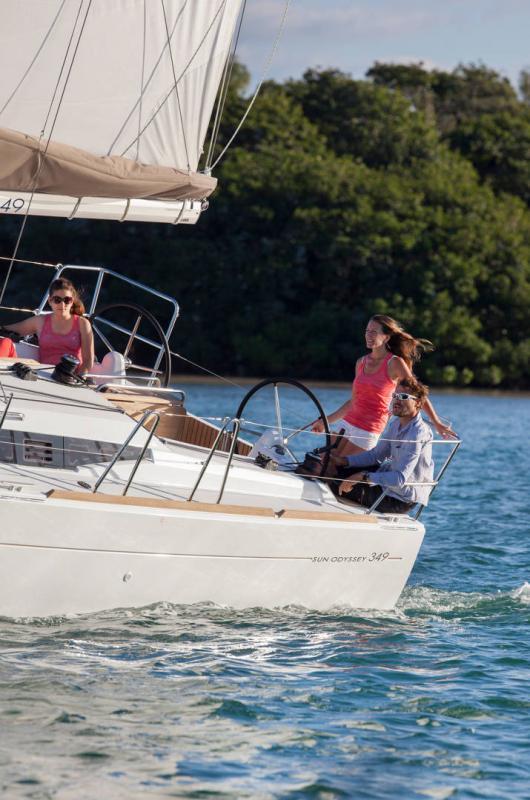 Sun Odyssey 349 │ Sun Odyssey of 10m │ Boat Sailboat Jeanneau  19147