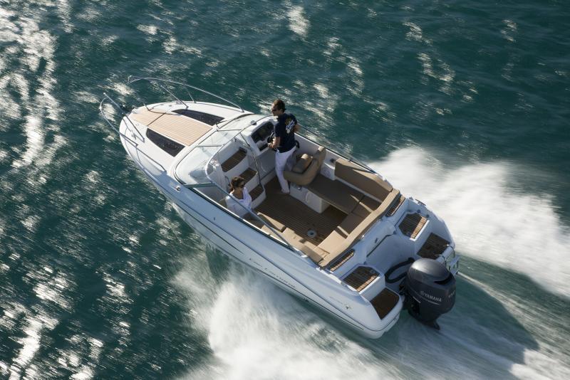 Cap Camarat 6.5 DC │ Cap Camarat Day Cruiser de 6m │ Bateaux powerboat Jeanneau bateau Cap_Camarat_DC-6.5DC2 744