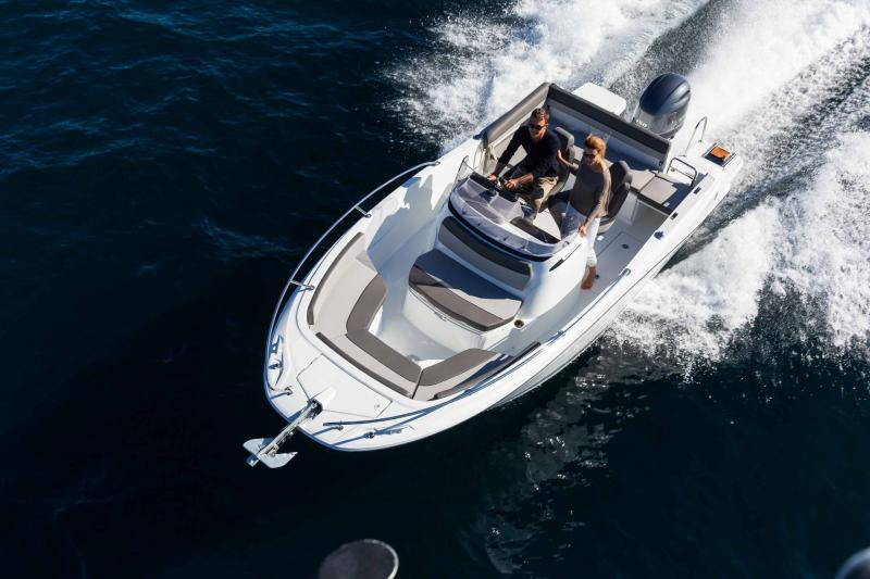 Cap Camarat 6.5 CC série3 │ Cap Camarat Center Console of 7m │ Boat powerboat Jeanneau  17164