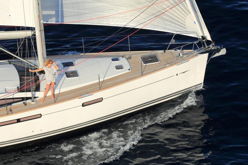 Jeanneau 58 │ Jeanneau Yachts of 18m │ Boat Sailboat Jeanneau  17526