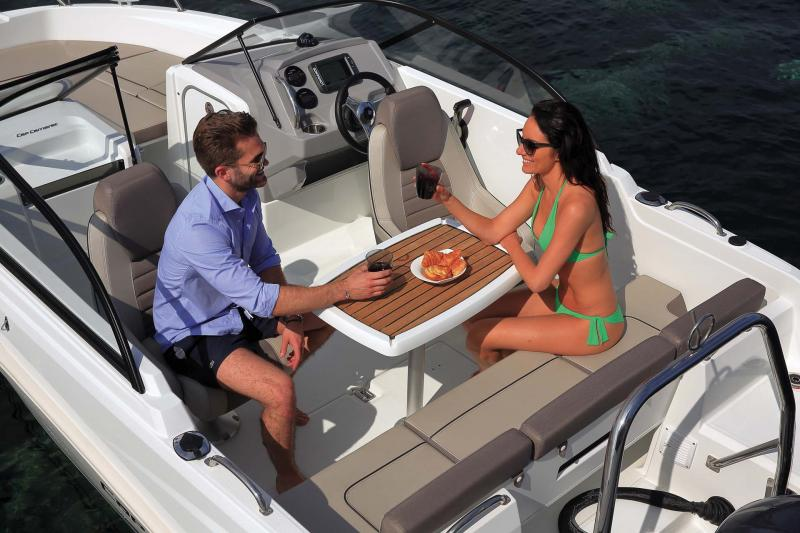 CAP CAMARAT 5.5 BR │ Cap Camarat Bow Rider of 5m │ Boat Outboard Jeanneau  10952