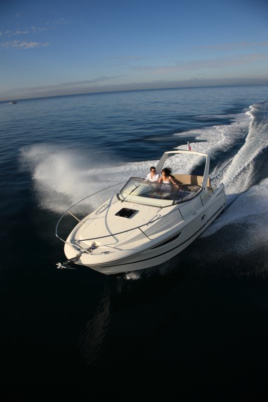 Leader 8 │ Leader of 9m │ Boat powerboat Jeanneau boat Leader-Leader8 77