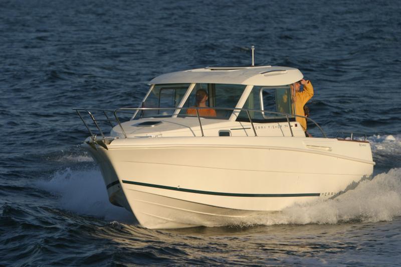 Merry Fisher 705 │ Merry Fisher Inboard of 7m │ Boat Inboard Jeanneau  6617