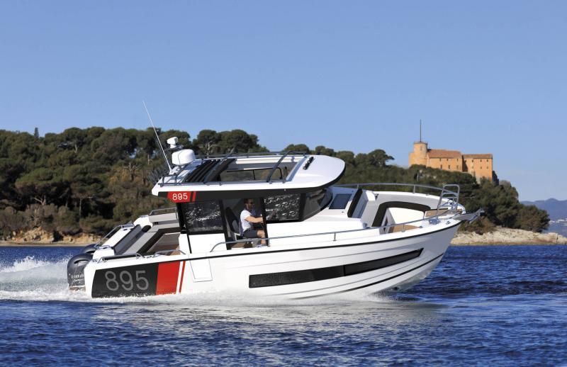 Merry Fisher 895 Sport │ Merry Fisher Sport of 9m │ Boat powerboat Jeanneau  23163