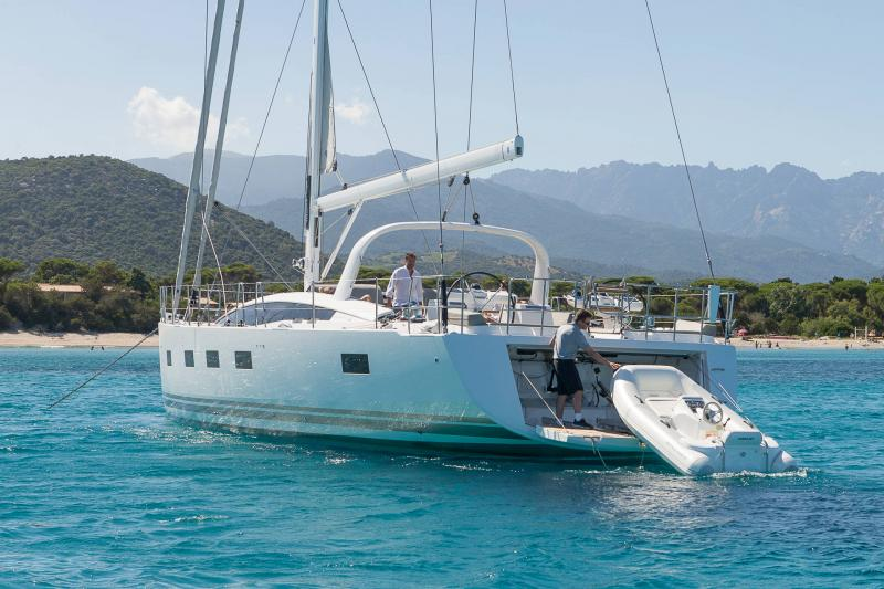 Jeanneau 64 │ Jeanneau Yachts of 20m │ Boat Sailboat Jeanneau  17613