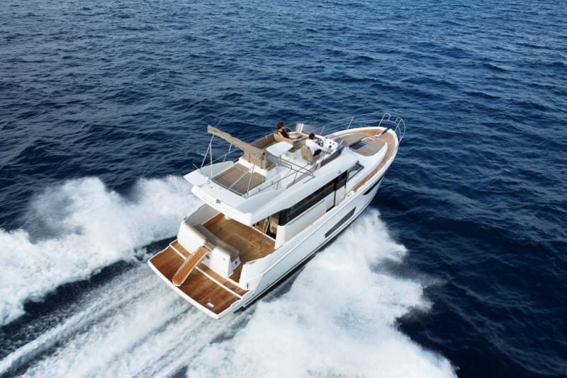 Velasco 43F Exterior Views 12