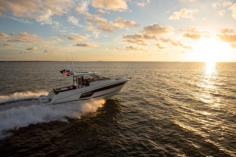 Leader 12.5 │ Leader WA of 12m │ Boat powerboat Jeanneau  21637