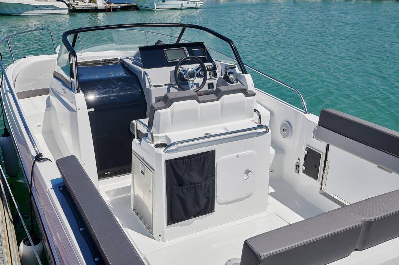 Leader 7.5 Series 3 │ Leader of 7m │ Boat powerboat Jeanneau  23128