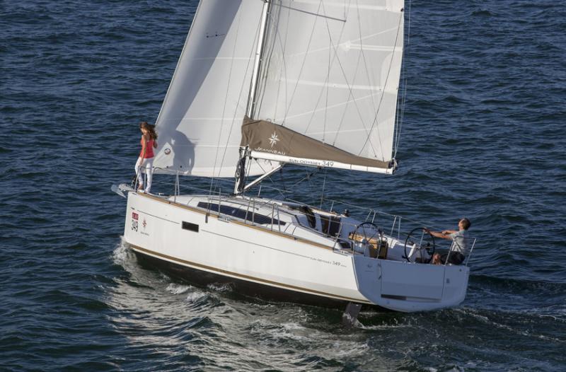 Sun Odyssey 349 │ Sun Odyssey of 10m │ Boat Sailboat Jeanneau boat Sun-Odyssey-349 937
