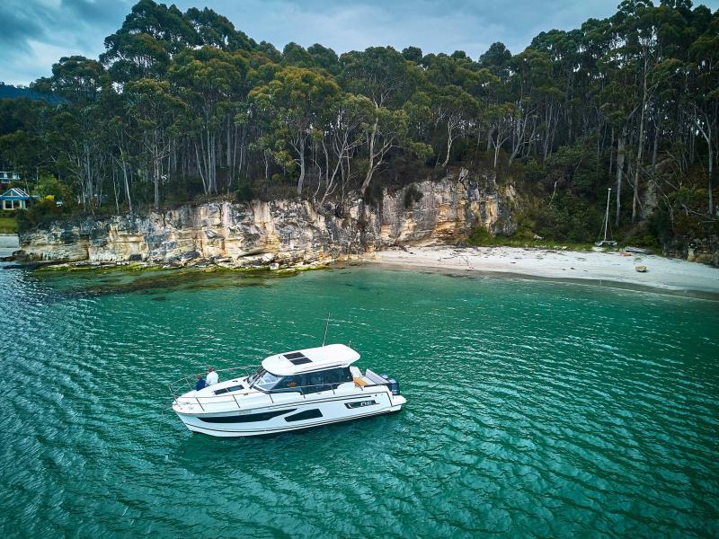 NC 1095 │ NC Weekender of 10m │ Boat powerboat Jeanneau  18862