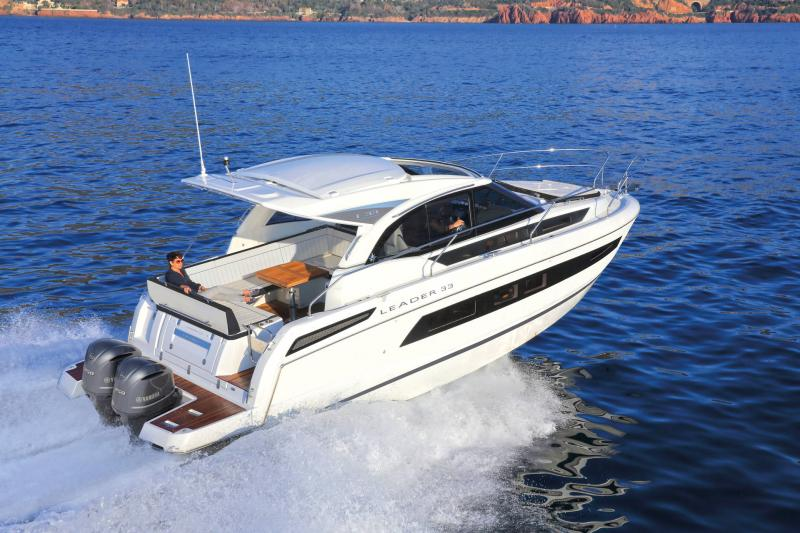 Leader 33 │ Leader of 11m │ Boat powerboat Jeanneau  18296