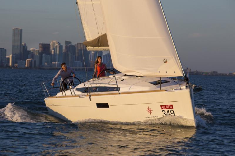 Sun Odyssey 349 │ Sun Odyssey of 10m │ Boat Sailboat Jeanneau boat Sun-Odyssey-349 931