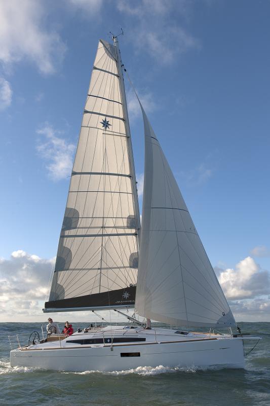 Sun Odyssey 349 │ Sun Odyssey of 10m │ Boat Sailboat Jeanneau boat Sun-Odyssey-349 827