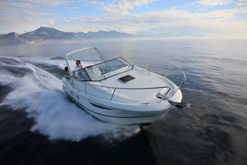 Leader 8 │ Leader of 9m │ Boat powerboat Jeanneau boat Leader-Leader8 71