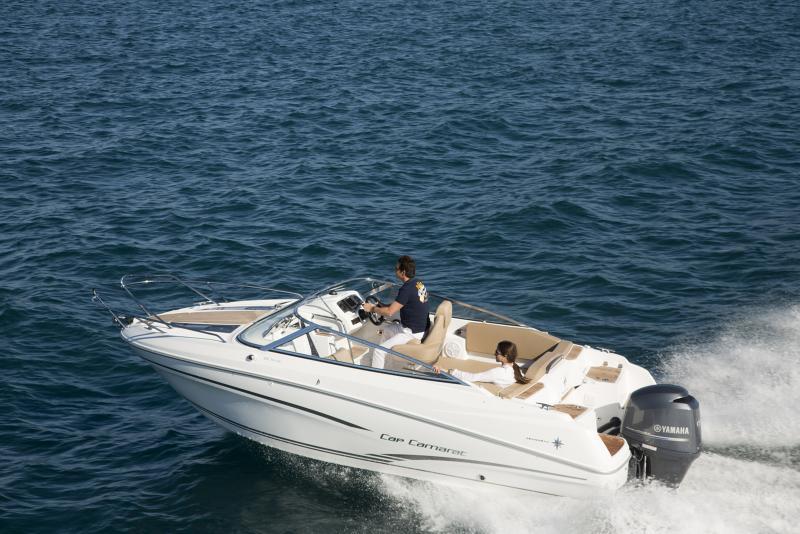 Cap Camarat 6.5 DC │ Cap Camarat Day Cruiser of 6m │ Boat powerboat Jeanneau barco Cap_Camarat_DC-6.5DC2 734