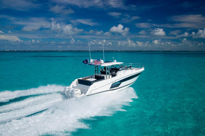 Leader 12.5 │ Leader WA of 12m │ Boat powerboat Jeanneau  21761