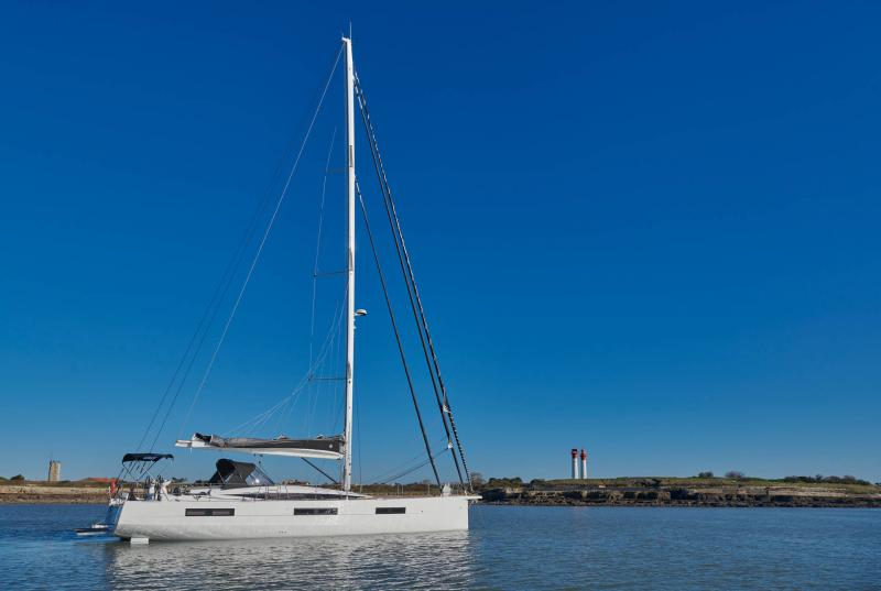 Jeanneau Yachts 60 │ Jeanneau Yachts of 18m │ Boat Sailboat Jeanneau 2-Anchoring 22544