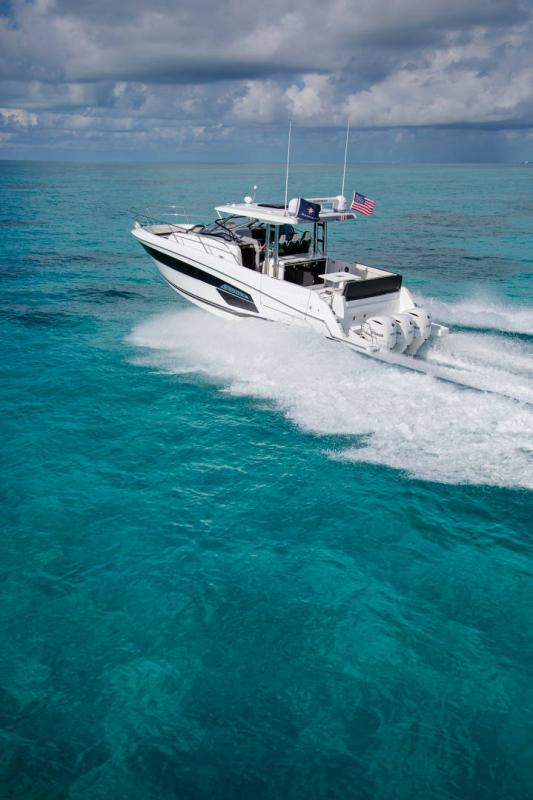 Leader 12.5 │ Leader WA of 12m │ Boat powerboat Jeanneau  21617