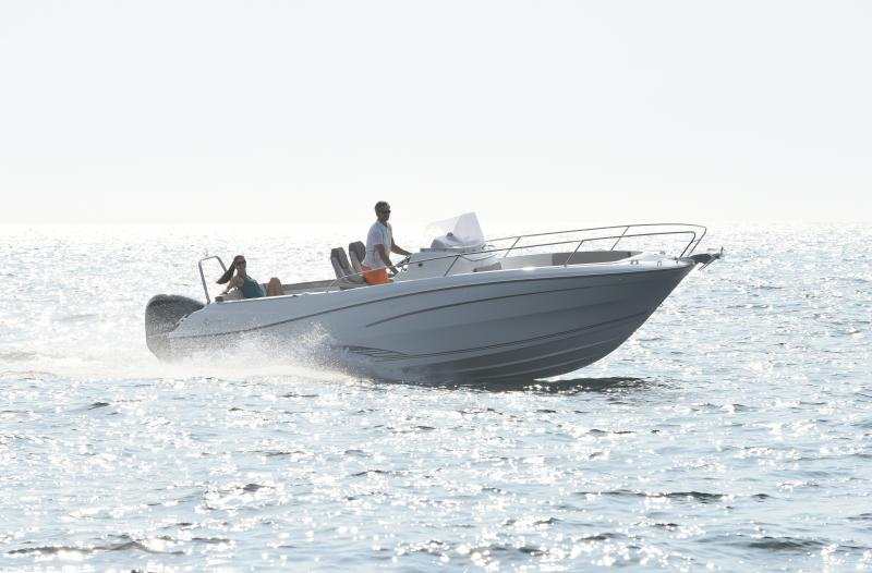 Cap Camarat 7.5 CC │ Cap Camarat Center Console of 7m │ Boat Outboard Jeanneau boat Cap_Camarat_CC-7.5CCs2 881