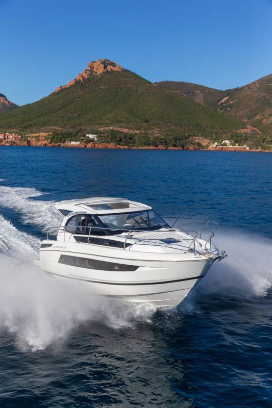 Leader 33 │ Leader de 11m │ Bateaux powerboat Jeanneau Version Hors-Bord 18284