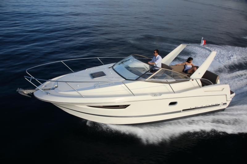 Leader 8 │ Leader of 9m │ Boat powerboat Jeanneau boat Leader-Leader8 65