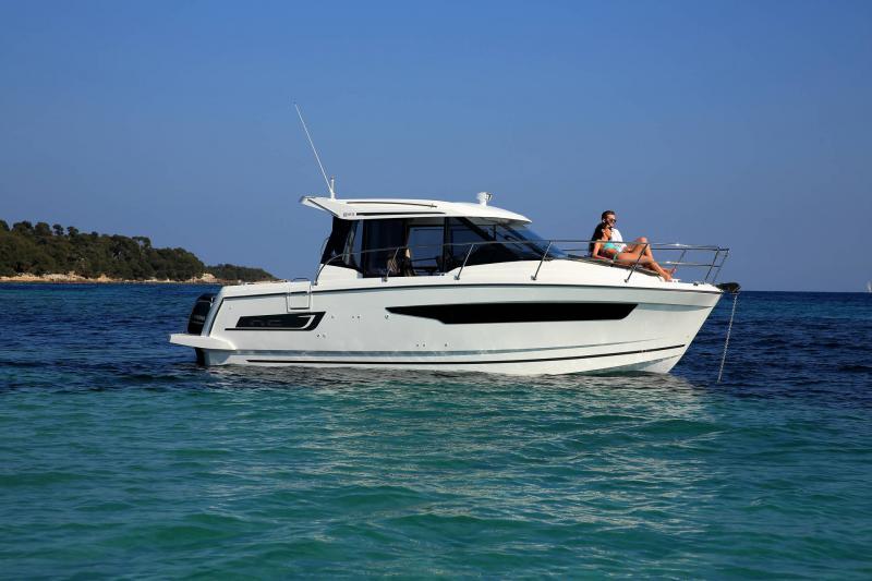 NC 895 │ NC Weekender of 9m │ Boat powerboat Jeanneau  18962