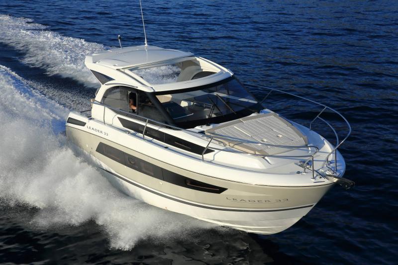 Leader 33 │ Leader de 11m │ Bateaux powerboat Jeanneau 1-Navigation 18323